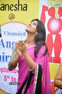 Dhansika-in-Chennaiyil-Angadi-Thiruvizha