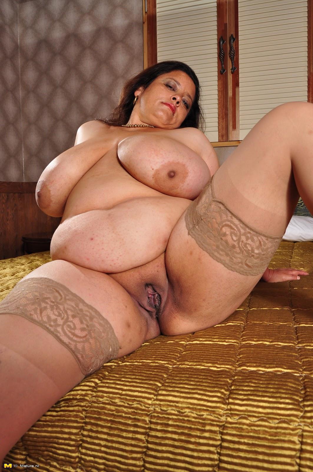mature latin women naked