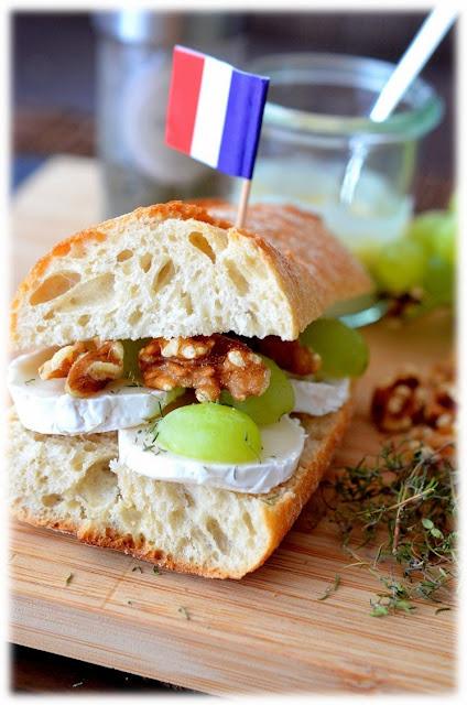 Sandwich, Brot, auf die Hand, Streetfood, Frankreich