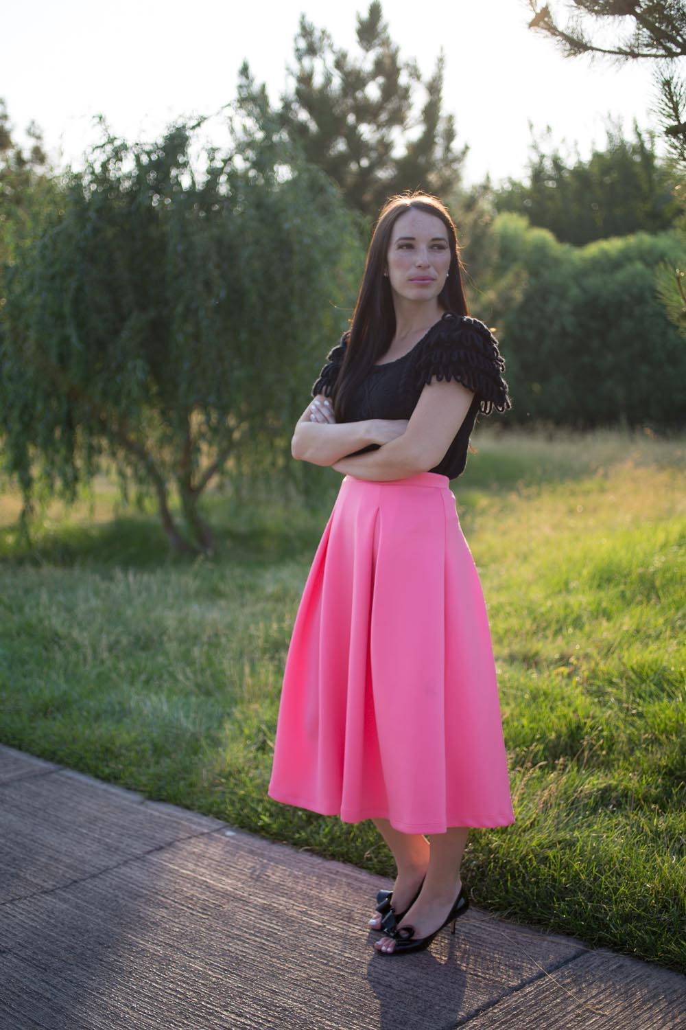 Pink and Black Summer Date Night Outfit