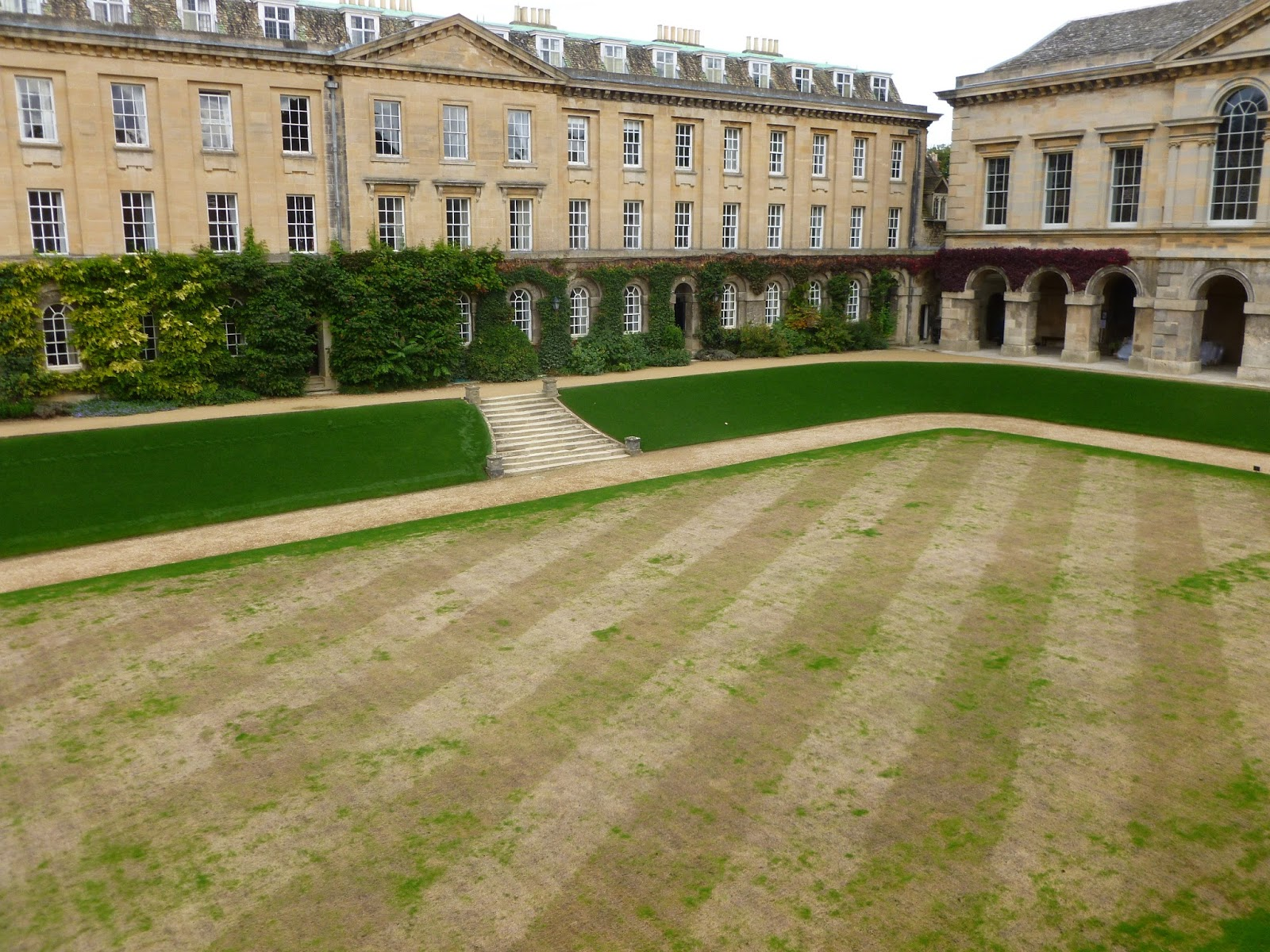 Worcester College Gardeners A New And Improved Way To