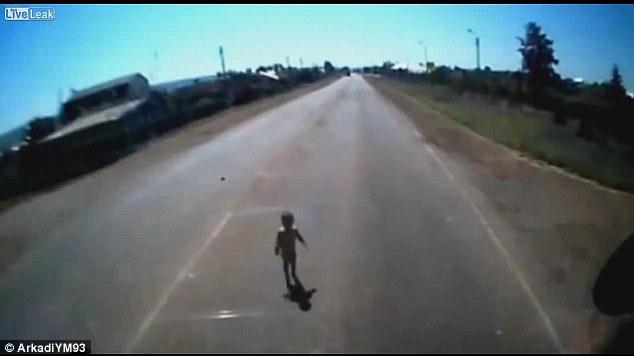 Vídeo de buenas acciones en Internet