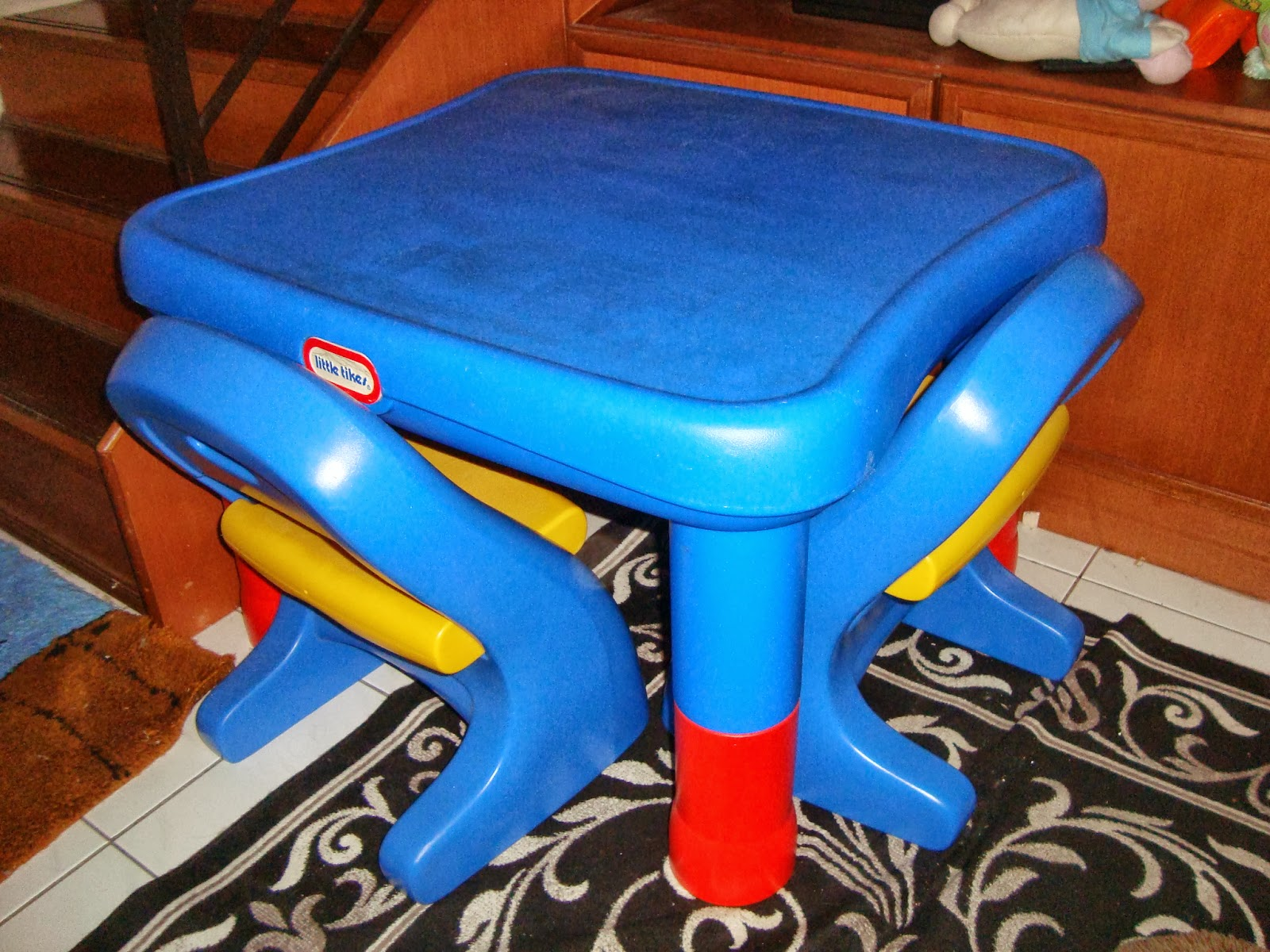 Because kids grow so fast this Little Tikes Adjustable Table u0026 Chair Set can be adjusted to different heights. Table easily adjusts to 4 heights 20  21  ... & Preloved ToysWorld TheTotToys: Little Tikes 7749 Adjustable Table ...