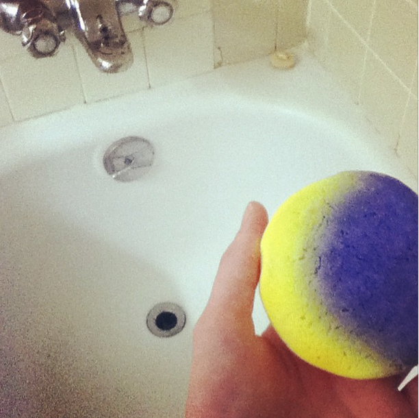 Lush Christmas Eve Bubble Bar
