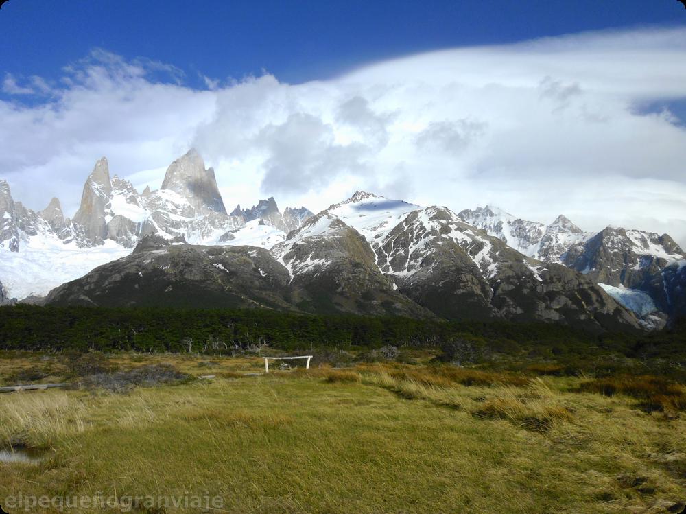 Fitz Roy, El Chaltén, montaña humeante, patagonia