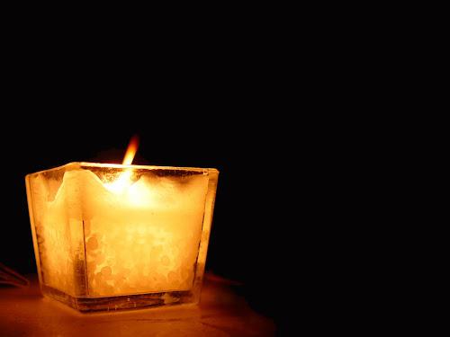 Gambar cahaya lilin indah @digaleri.com