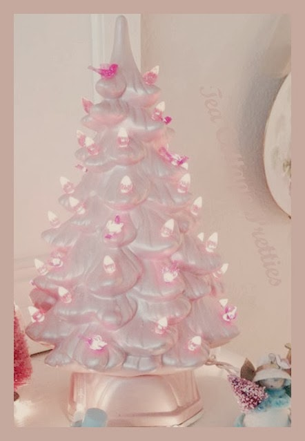 Tea Cottage Pretties I M Dreaming Of A Pink Christmas