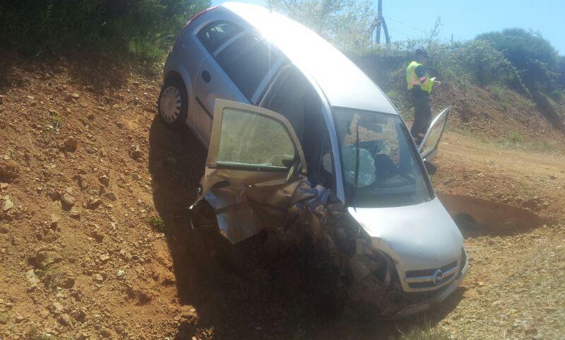 vehículo que colisionó contrael tractor