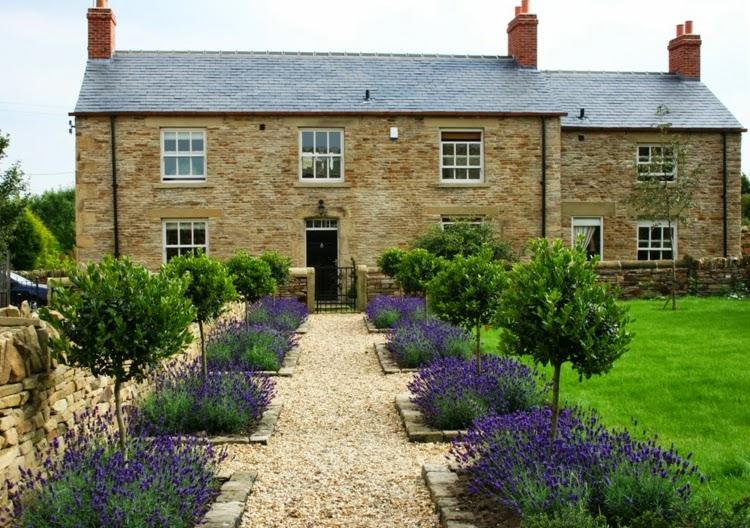 Front garden design stone blocks