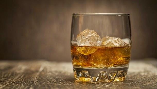 5 mitos sobre bebidas alcoólicas que podem prejudicá-lo