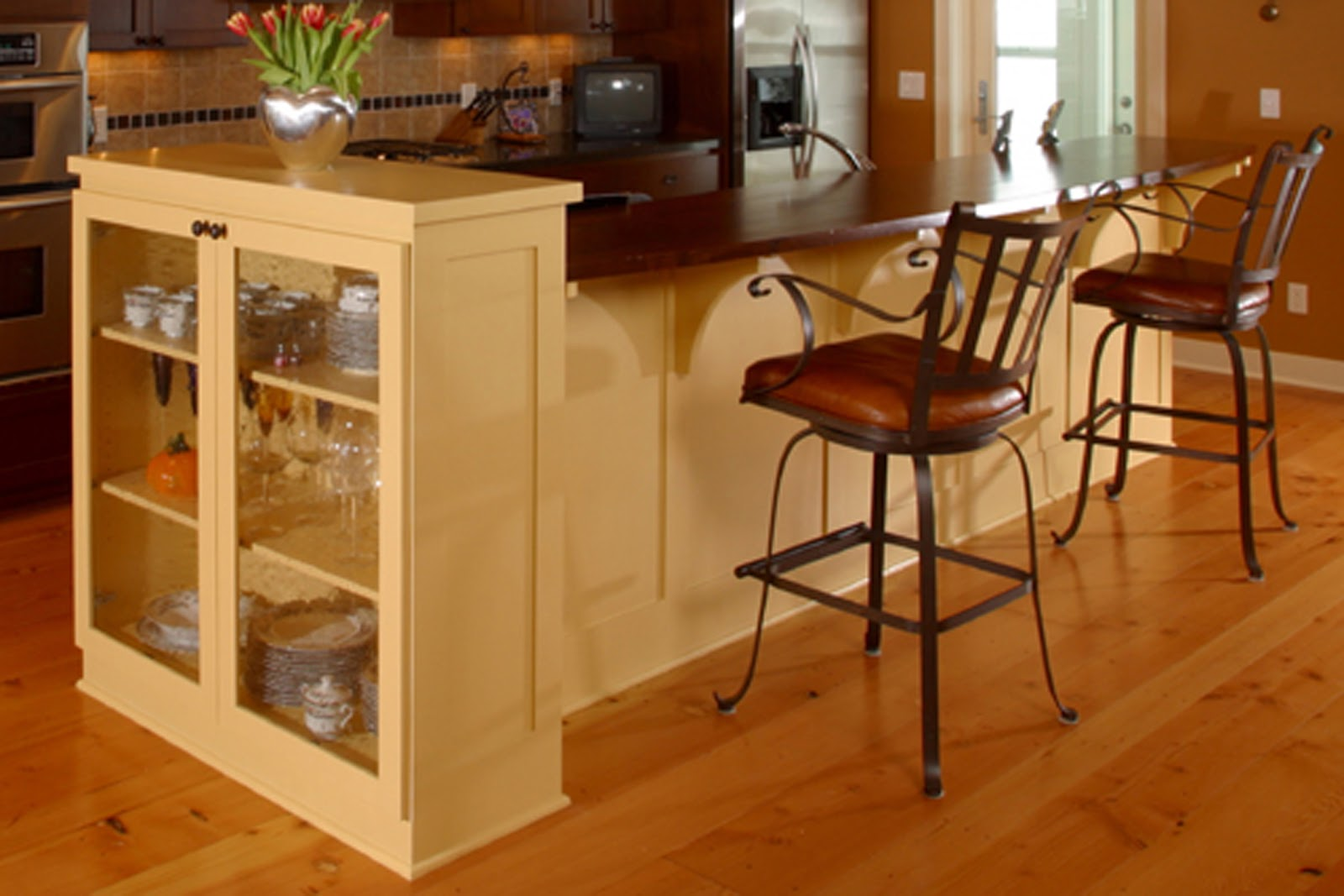 Curved Kitchen Islands