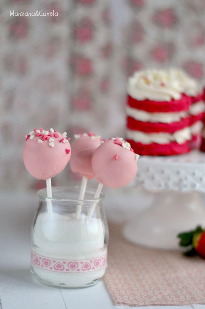 Mini cakes de fresas y mascarpone para San Valentín