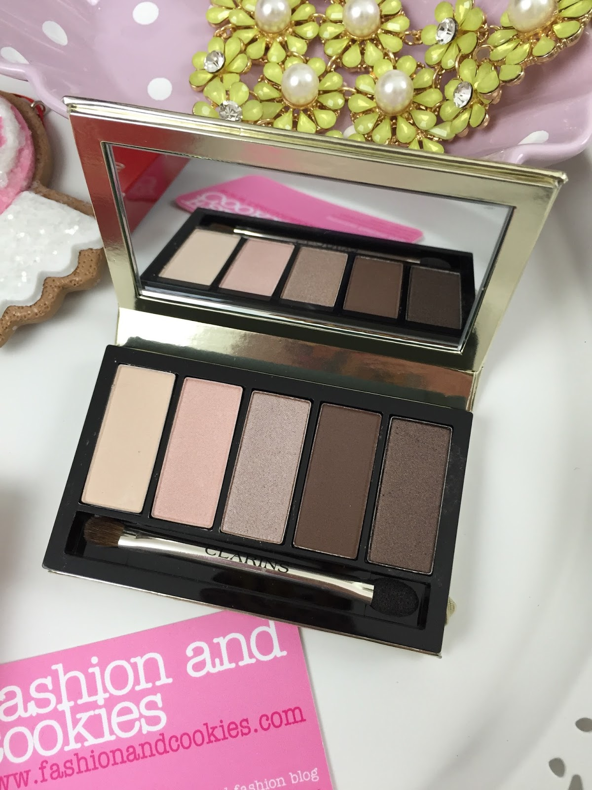 Clarins Pretty Day Eyeshadow palette Limited Edition review on Fashion and Cookies fashion blog, fashion blogger style