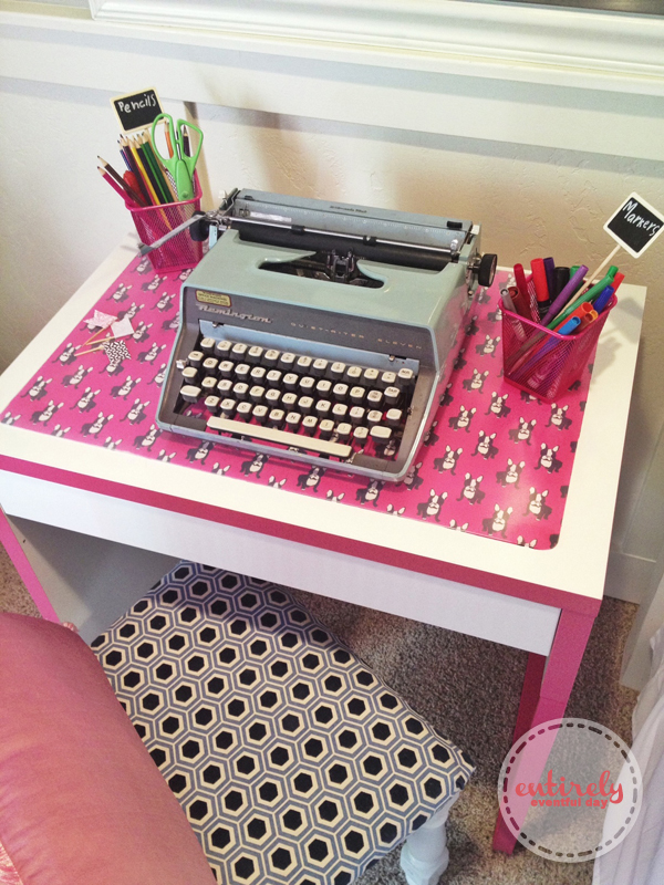 Super coo custom desk pad. Darling and super easy to make! entirelyeventfulday.com