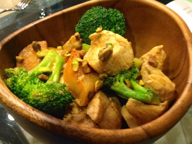 Stoner Rock BBQ: Spicy Chicken, Broccoli and Persimmon Stir Fry/Magic ...