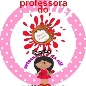 Sou professora,do ateliê meu e.v.a! :D