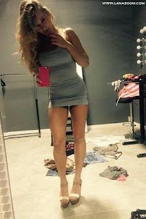 صور ساخنة لفتيات بملابس ضيقة