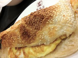 老店興隆居 傳統早點美食の焼餅葱蛋