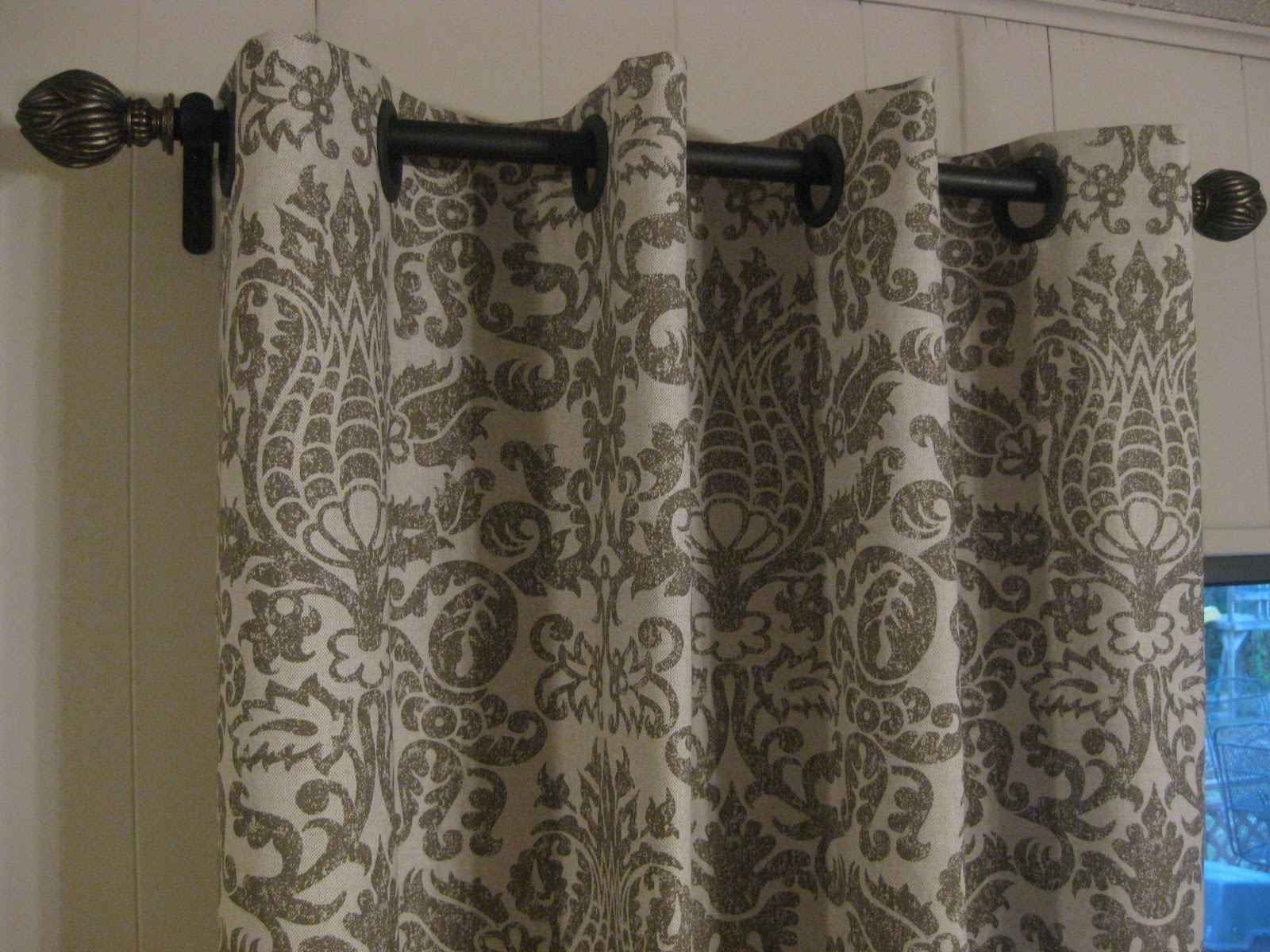 Easy steps to make your own house no sew curtains How to make a valance without sewing