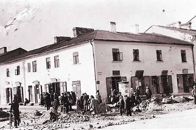 Końskie, getto, ul. Rynek 2. Fotografię udostępnił Mateusz Partyka