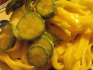 taglierini zucchine e fontina