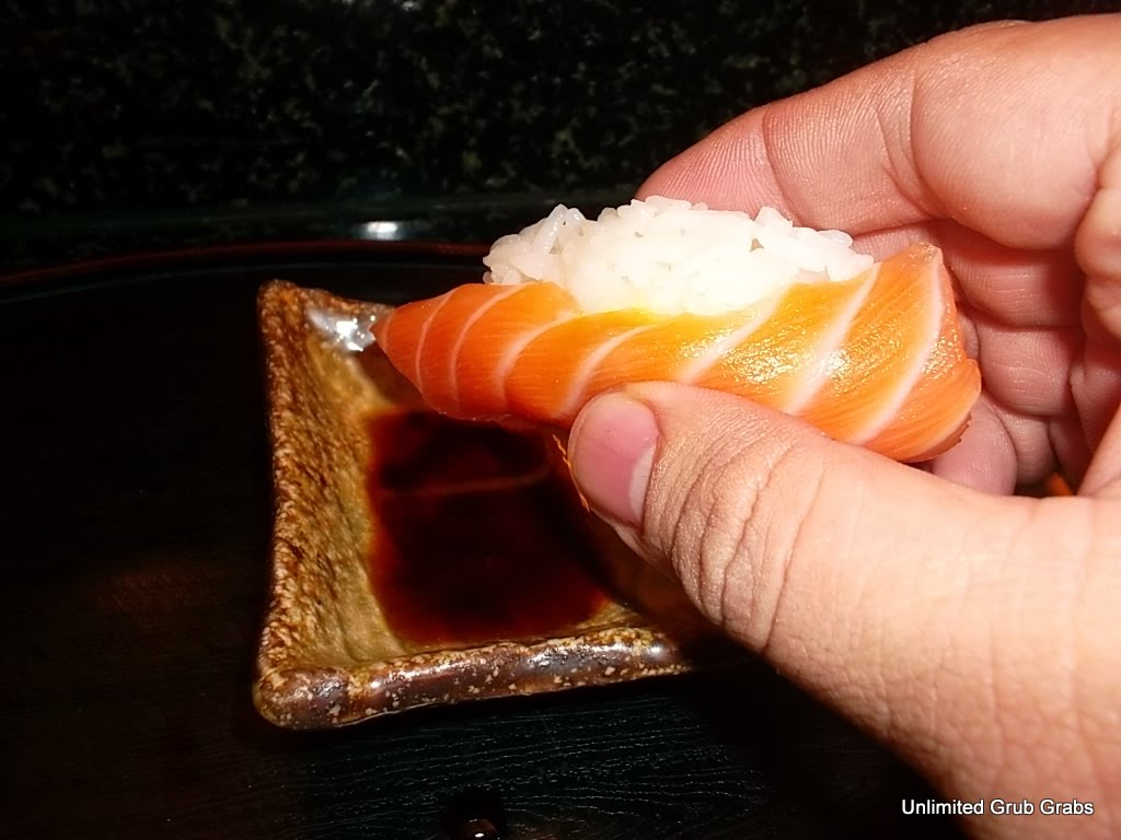 unlimited grub grabs episode 28 how to eat sushi and. Black Bedroom Furniture Sets. Home Design Ideas
