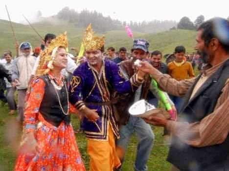 Kumaoni Makkan Ki Holi Dayara Bugyal Uttarkashi Uttarakhand FB Facebook Covers, Wallpapers, Pictures, Images, Photos, Vector, Graphics, Pics and snaps for Free Download