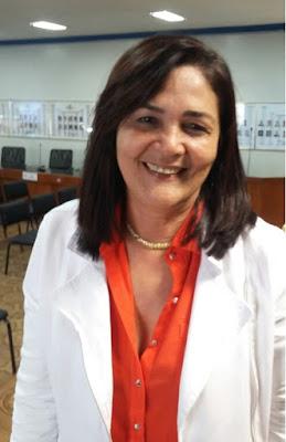 http://www.blogdofelipeandrade.com.br/2015/08/radioblog-pinga-fogo-com-olga-sena.html