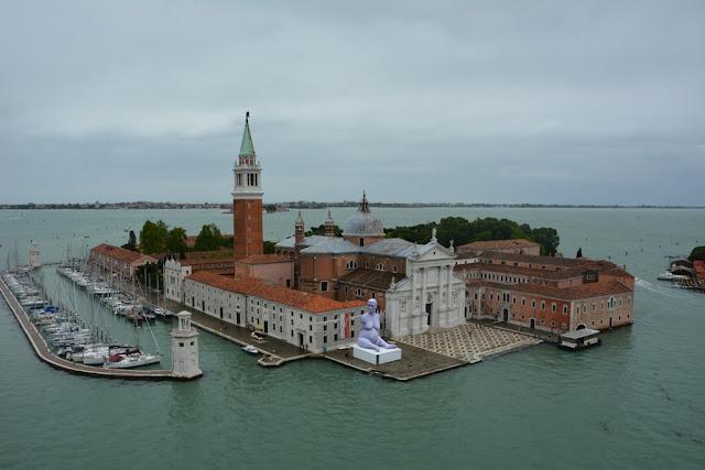 Cruising into Venice Island