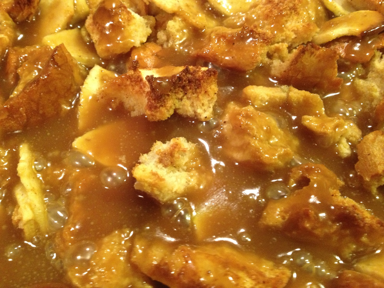 The Foodie Bunch: Caramel Apple Bread Pudding