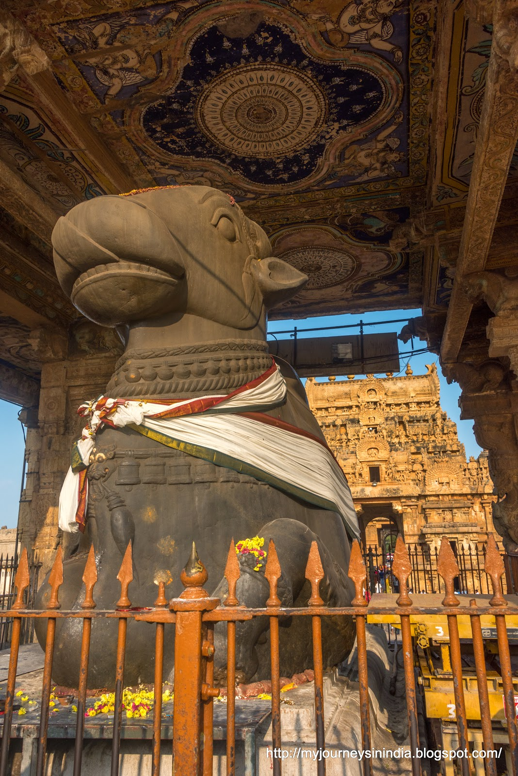 Thanjavur Brihadeeswarar Temple Big Nandi Mantap Roof Paintings