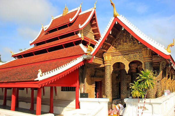 Templo Wat Mai en Luang Prabang