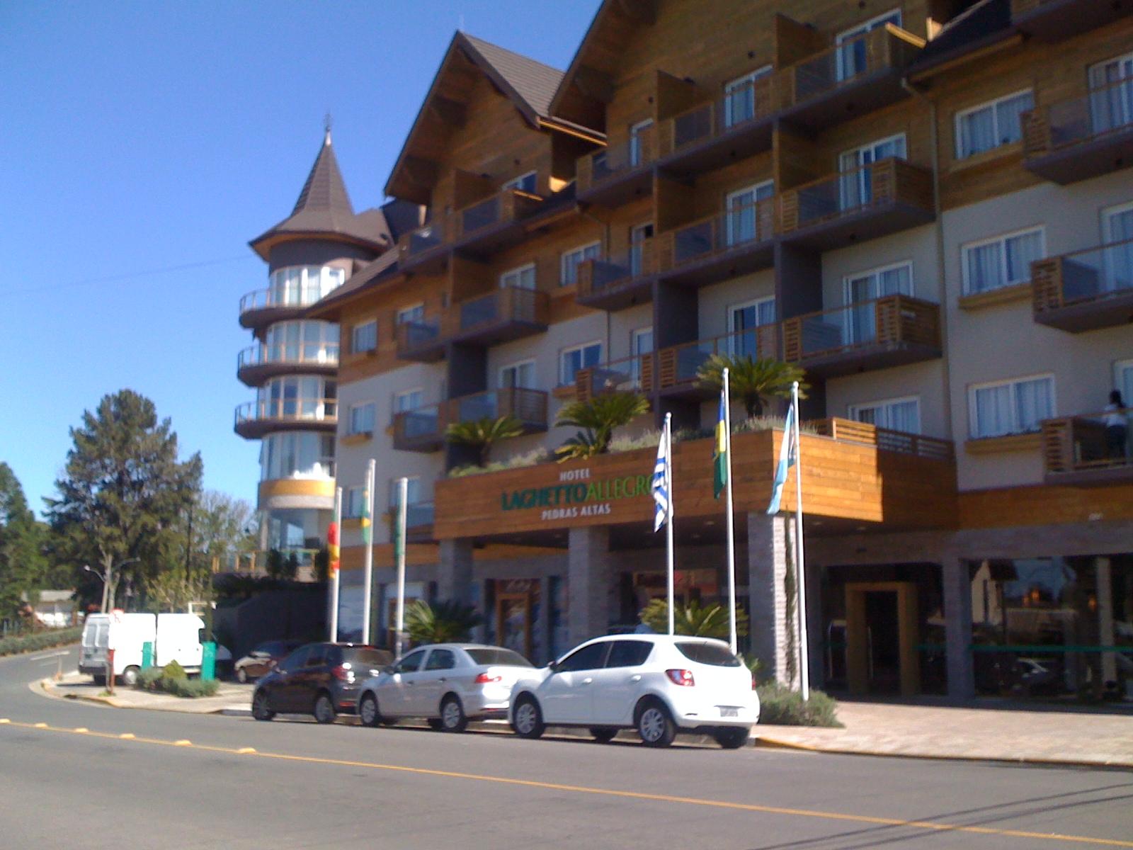 HOTEL  LAGHETTO - GRAMADO