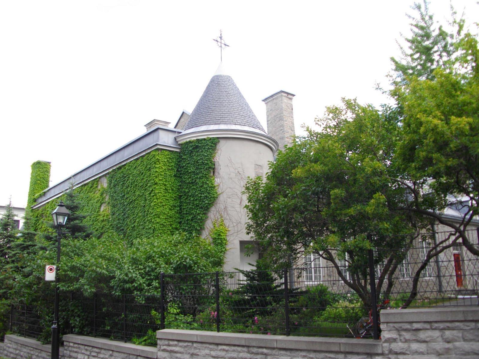 Montreal157 expositions estivales gratuites au mus e du for Au jardin du gouverneur