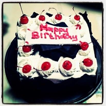 kue ulang tahun holland bakery,harga kue ulang tahun anak murah,kue ulang tahun anak dapur cokelat,souvenir ulang tahun anak,