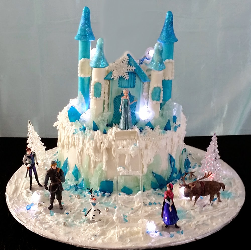 Cupcake Divinity F24 Frozen Castle Anna Amp Elsa Birthday