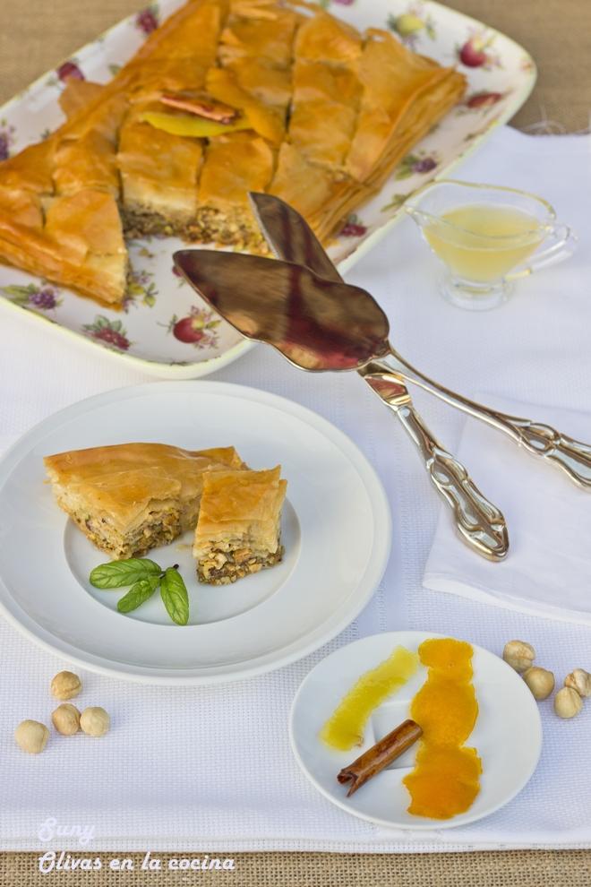 Baklava de pistachos y avellanas