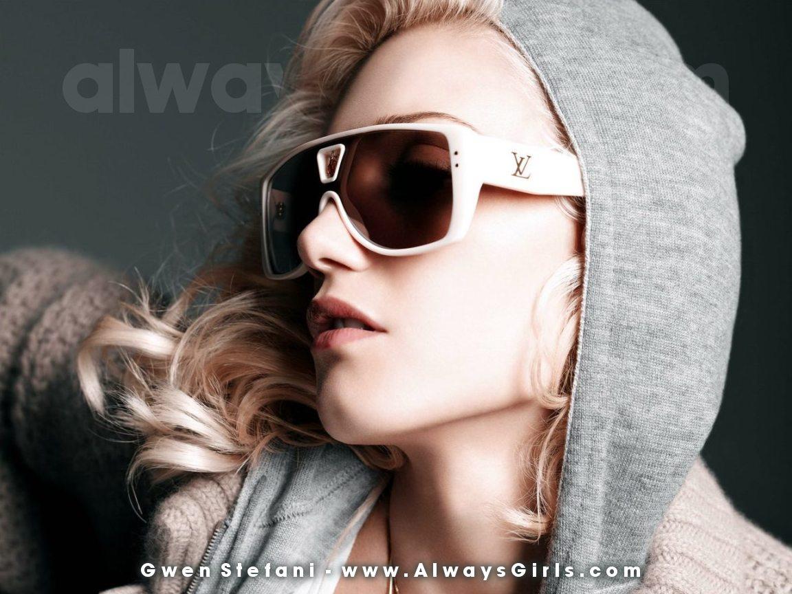 http://1.bp.blogspot.com/-c-E7hZ0pyNw/To3oi7hIwZI/AAAAAAAAF8U/4p2iZeRZRnQ/s1600/gwen_stefani17.jpg