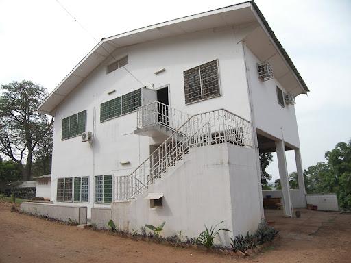 Maisons louer banqui r centrafricaine maisons louer bangui en r publique centrafricaine for Maison luxueuse a louer