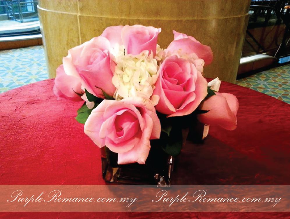 cocktail table, mandarin oriental hotel, grand ballroom, fresh roses, hydrangea, kuala lumpur, selangor, malaysia