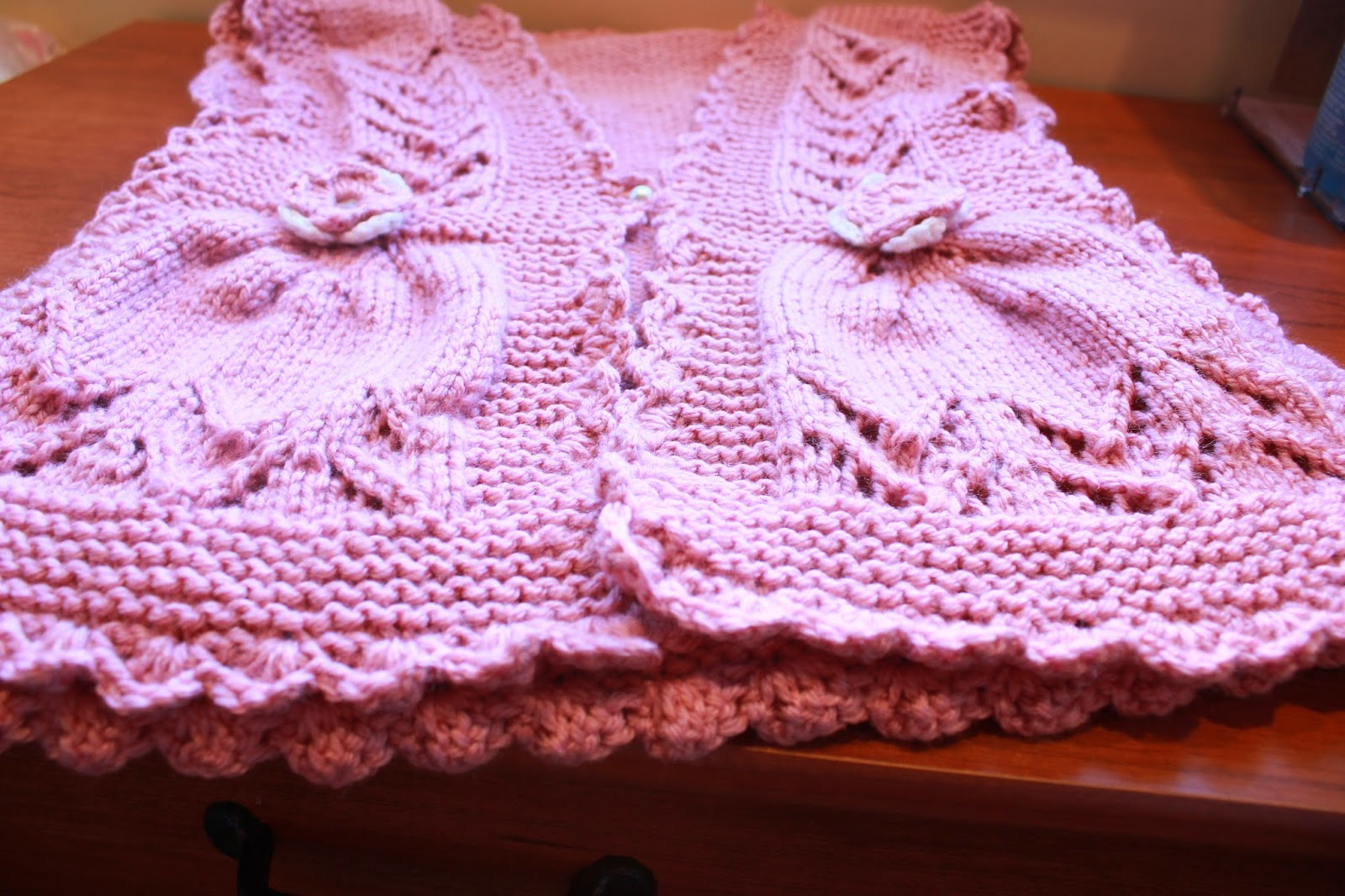 Funky Girls Handmade Shop: Knit Pink Integrated Vandyke ...