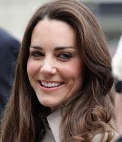 KATE MIDDLETON 2011 Sebut Kate Middleton Pelacur, Pengawal Kerajaan Inggris Dipecat 2011