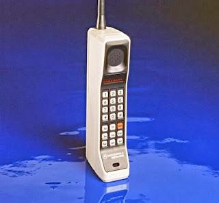 8 Ponsel yang Paling Dikenang
