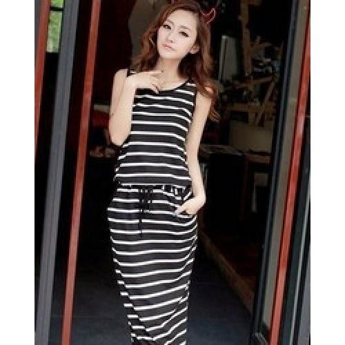 Model Baju Bermotif Garis Ala Korea