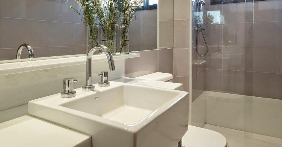 Housing Interiores Decorações  REVESTIMENTOS PARA BANHEIROS -> Armario Banheiro Lilas