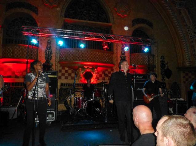 6 The Defects Diese Belfaster Band War In Blackpool Ein Kracher Ich Hoffe Dass Sie Nachstes Jahr Noch Einmal Nach Deutschland Kommenund Nicht Nur