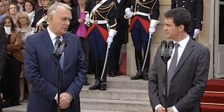 Passation de pouvoir : Jean-Marc Ayrault à Manuel Valls