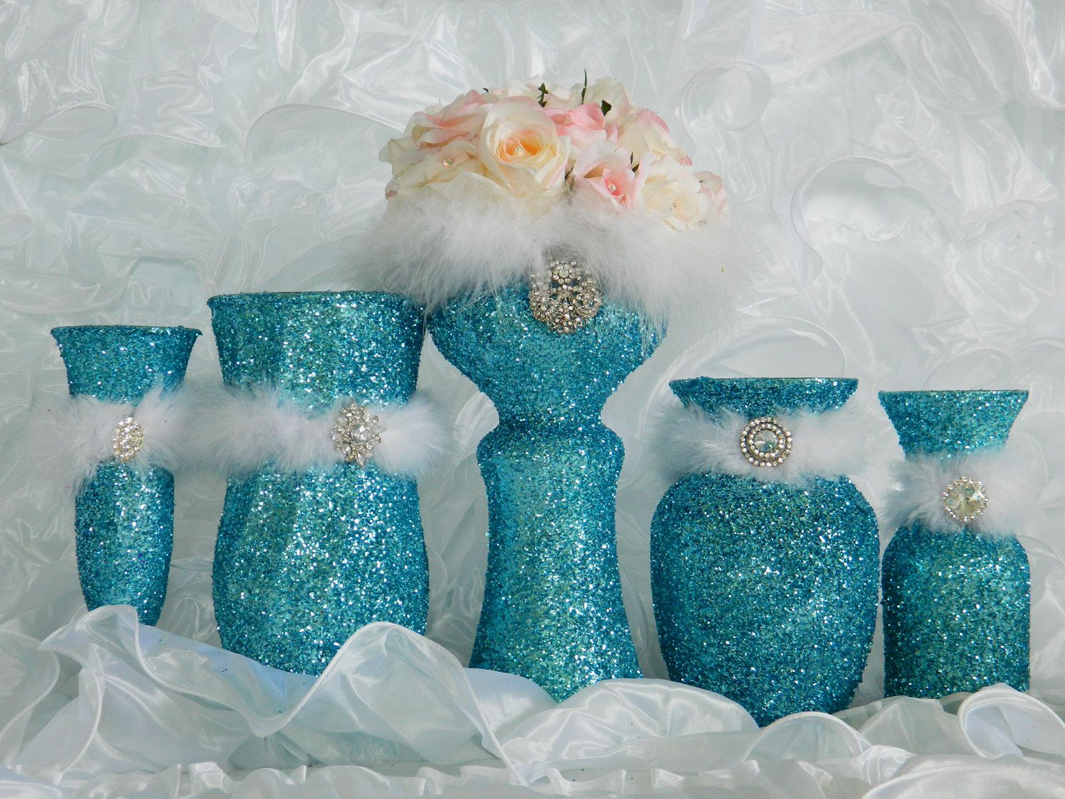 Goingkookies in melbourne tiffany blue wedding for Baby blue wedding decoration ideas