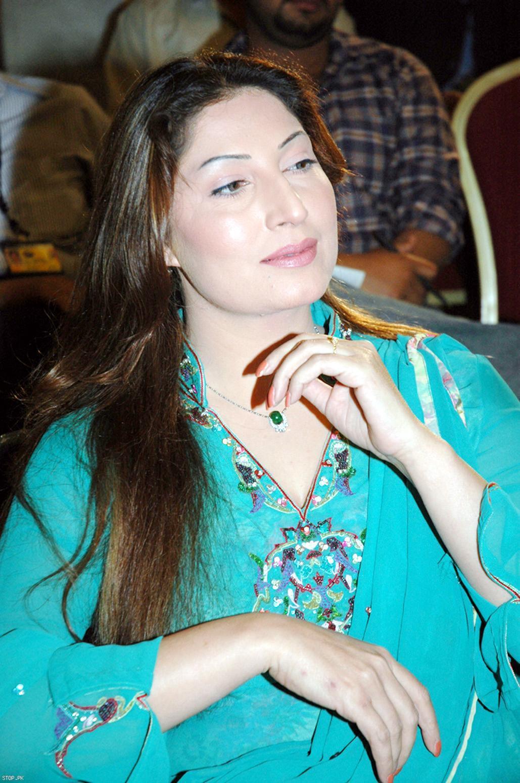 pakistani mom beautiful nude pic