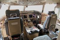 Cabina de mandos 777